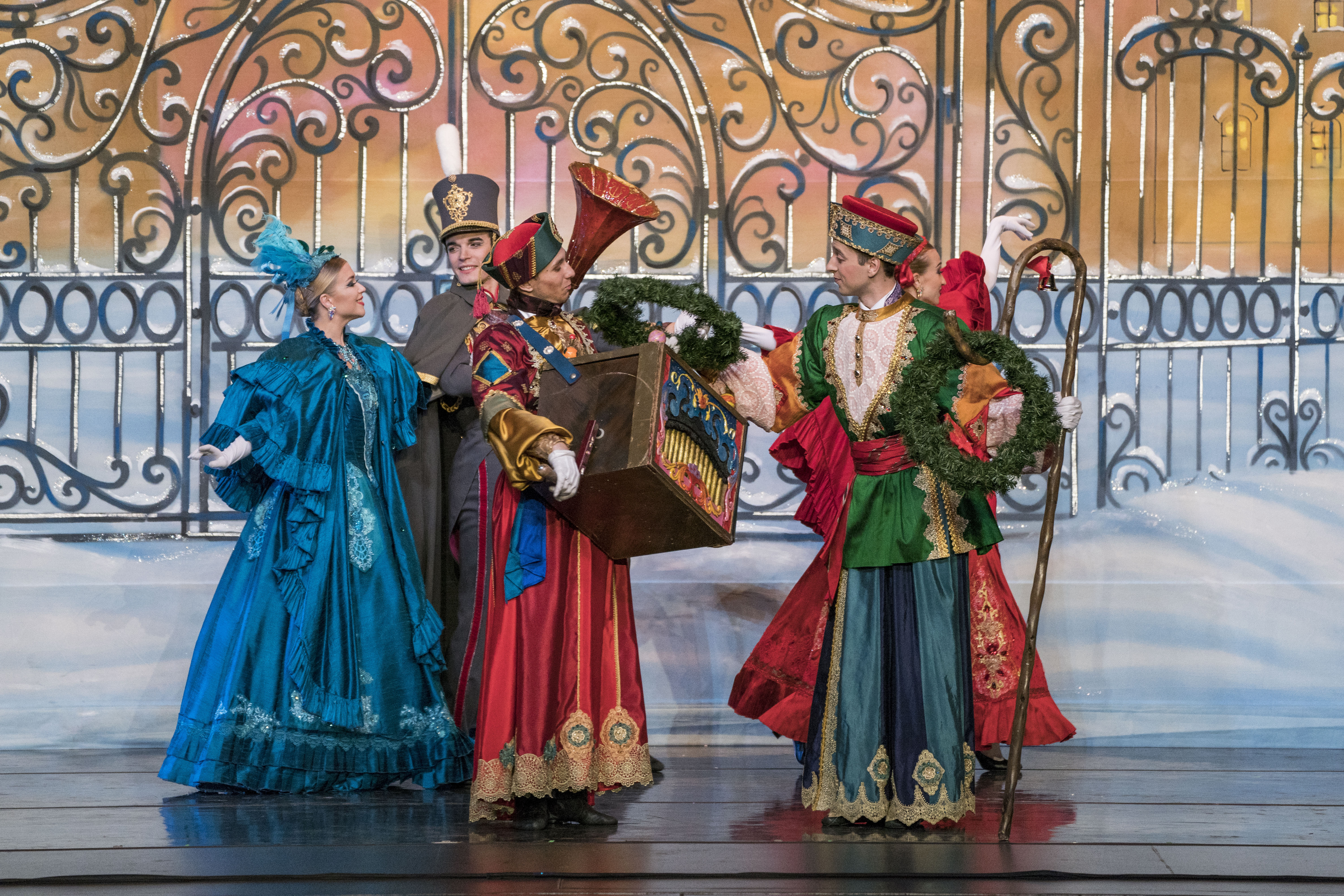 2. Moscow Ballet, costumes Arthur Oliver