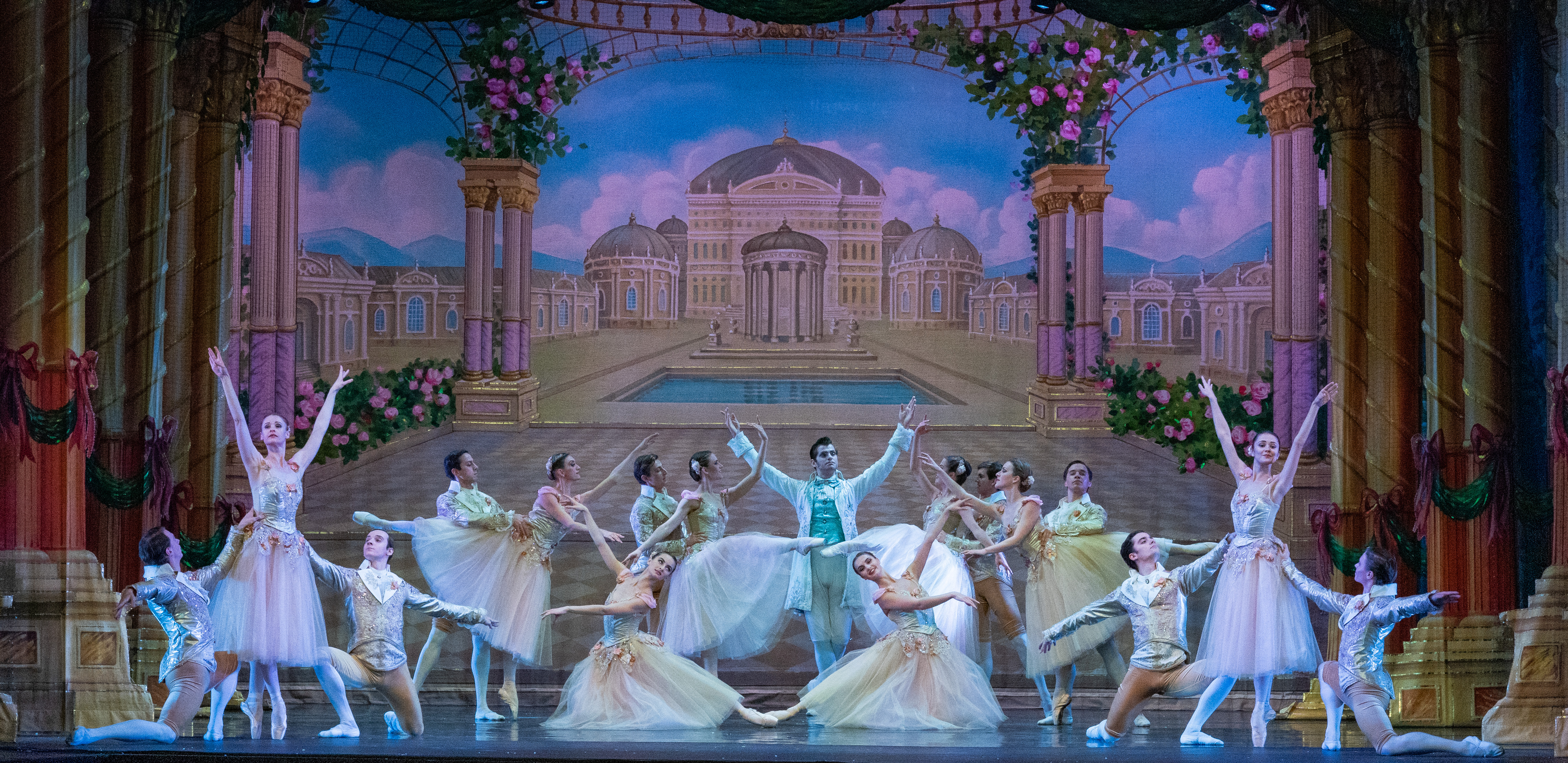 Moscow Ballet's Waltz of the Roses in the Great Russian Nutcracker