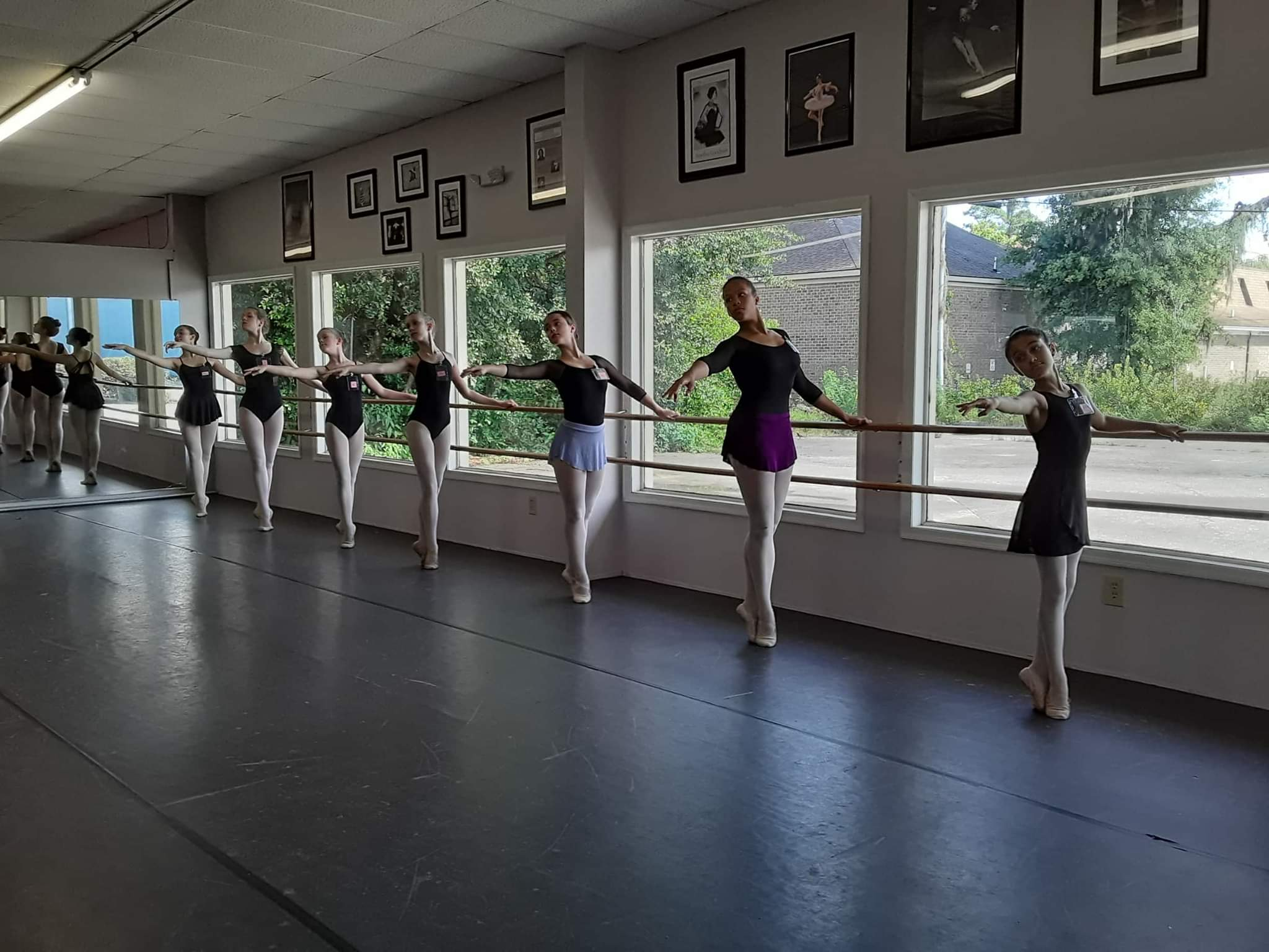 2019 Summer Intensive students at the barre