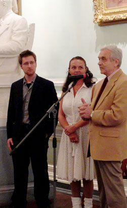 Producer Dan Talmi, Administrator Natalia Yablokova and Artistic Director Oleg Vinogradov announcing the winners of the 2011 St. Petersburg Conservatory Exhibition.