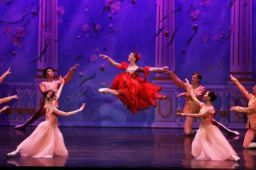 Moscow Ballet's Ekaterina Bortiakova and Flowers onstage in San Diego